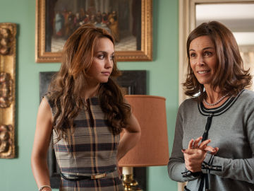 María se enfrenta a Luisa delante de todos sus familiares