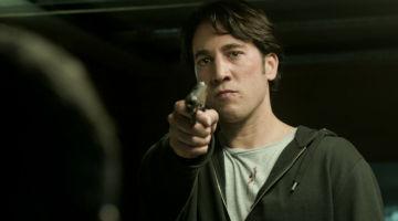 Miguel se tomará la venganza por su mano a punta de pistola en el último capítulo de 'Apaches'