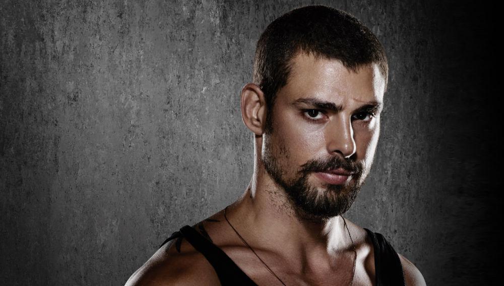 Caua Reymond es Andrés Cámara, 'El Cazador'