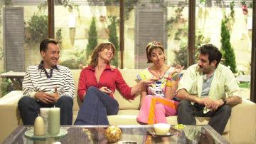 Los Sandoval y los Sánchez juntos en 'Mis adorables vecinos'