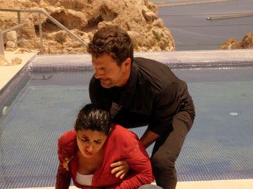 Lola, herida tras una pelea cuerpo a cuerpo con Vlad
