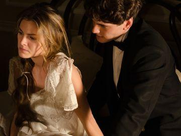 Alicia se siente rechazada por Julio y su decisión.