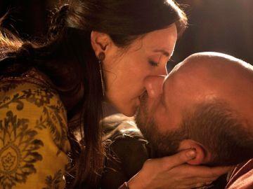 Violante y Rodrigo en el último episodio de Toledo