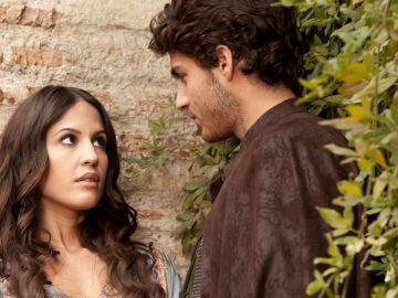 Fátima pide ayuda a Martín