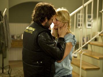 Raúl y Sara a punto de bersarse en 'Luna, el misterio de Calenda'