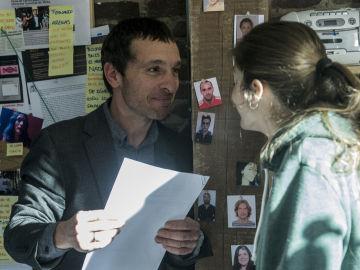 Alex y Lara siguen el rastro del BN23 en 'Pulsaciones'