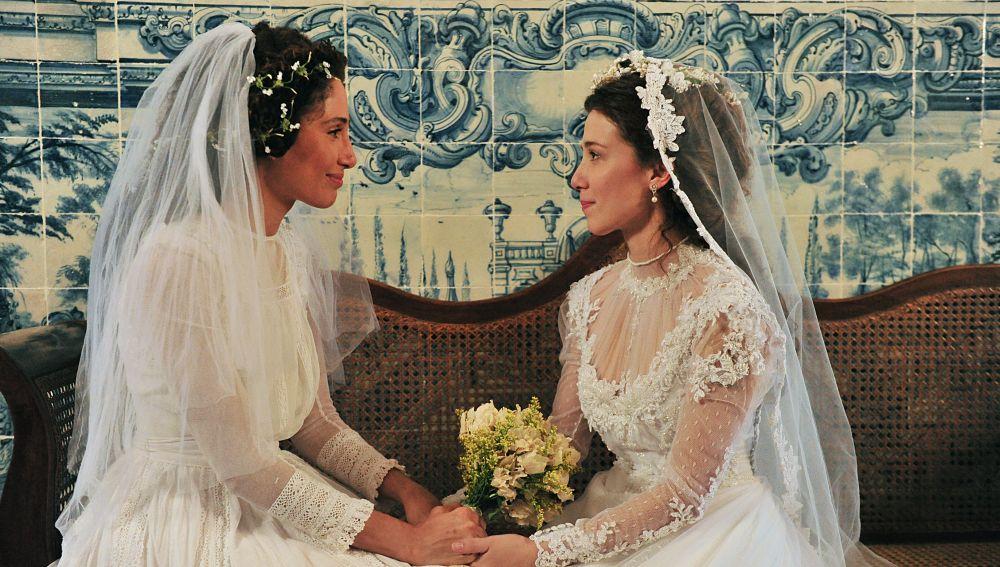 Isabel (izquierda) y Laura (derecha), unidas en 'Lado a lado'